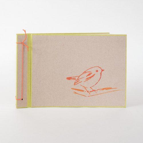 Album mit weissen Seiten, Dekor: Schablonendruck