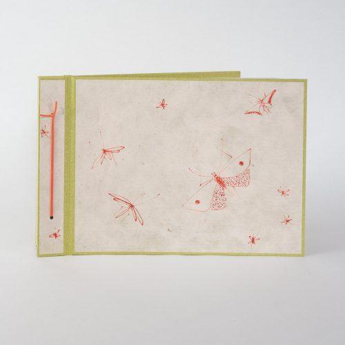 Album mit weissen Seiten, Unikat mit handgemalten Motiven